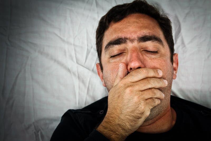 Retrato de Grunge de um homem latino-americano muito doente imagem de stock royalty free
