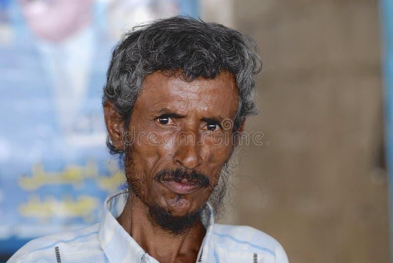 Retrato de homem superior não identificado em Aden, Iémen fotos de stock royalty free