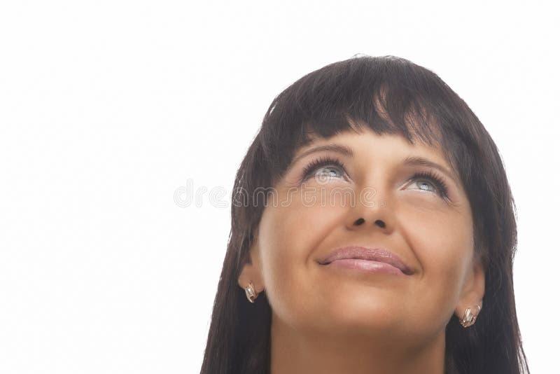 Retrato de la belleza de la mujer caucásica que mira hacia arriba fotos de archivo libres de regalías