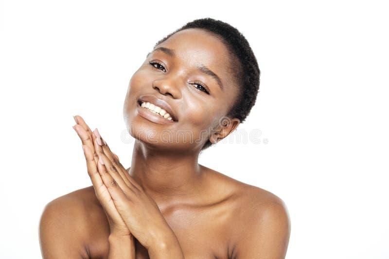 Retrato de la belleza de una mujer bastante afroamericana foto de archivo libre de regalías