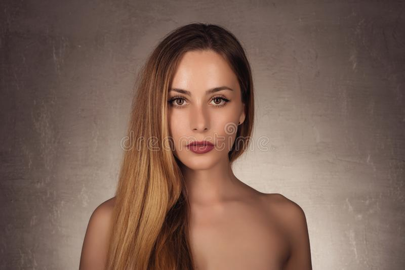Retrato de la belleza del modelo con maquillaje natural fotos de archivo libres de regalías