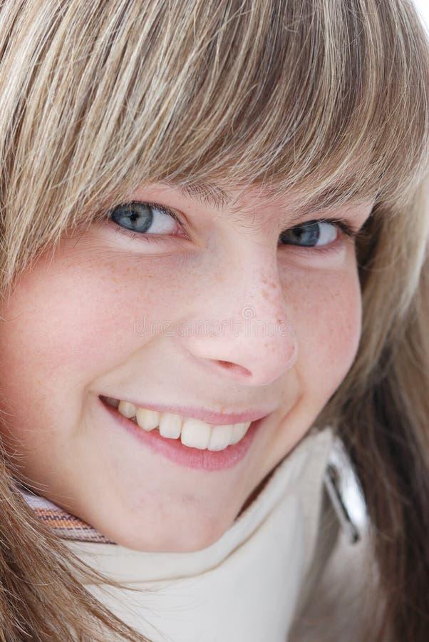 Retrato de la chica joven imagen de archivo