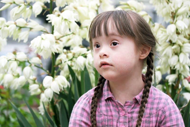 Retrato de la chica joven hermosa fotos de archivo libres de regalías