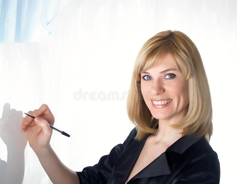 Retrato de la empresaria hermosa joven imagen de archivo libre de regalías