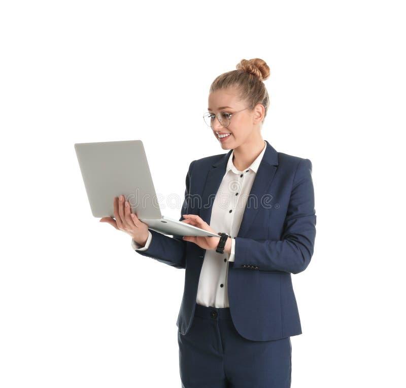 Retrato de la empresaria joven con la computadora port?til imágenes de archivo libres de regalías