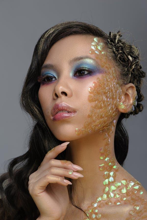 Retrato de la moda de la belleza de la mujer joven hermosa foto de archivo libre de regalías