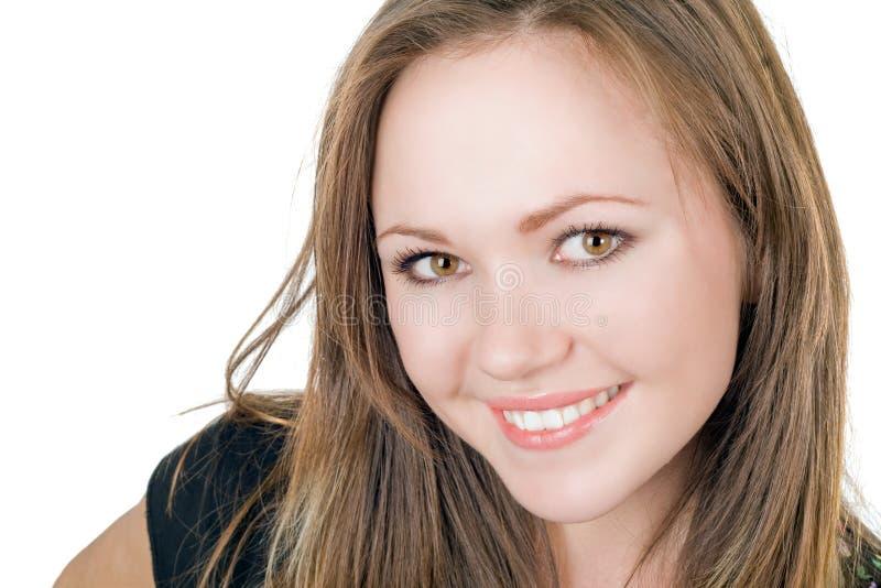 Retrato de la muchacha hermosa sonriente imagen de archivo