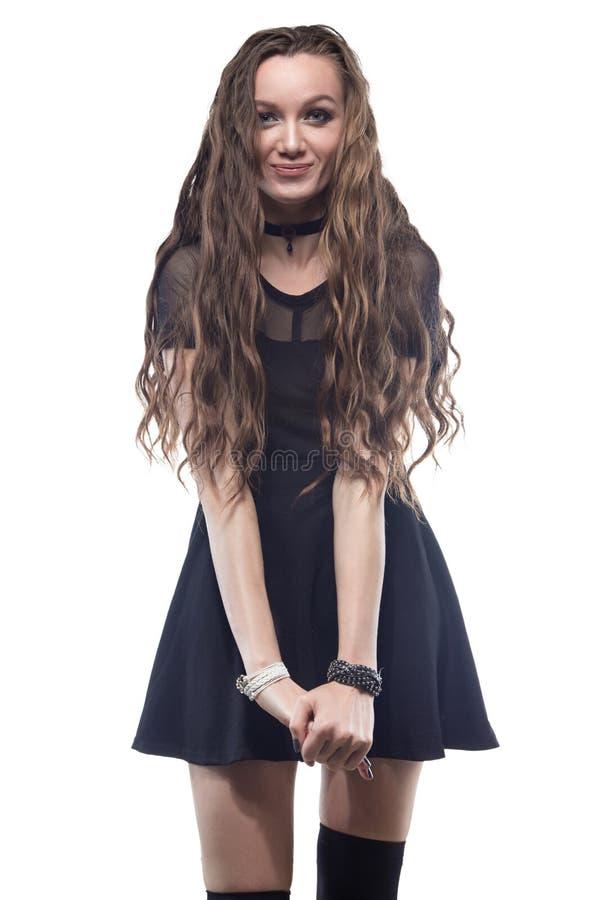 Retrato de la muchacha rubia sonriente con el pelo largo fotografía de archivo libre de regalías