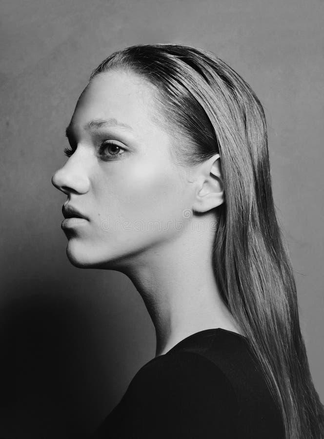 Retrato de la muchacha rusa modelo hermosa Rebecca 36 imagenes de archivo