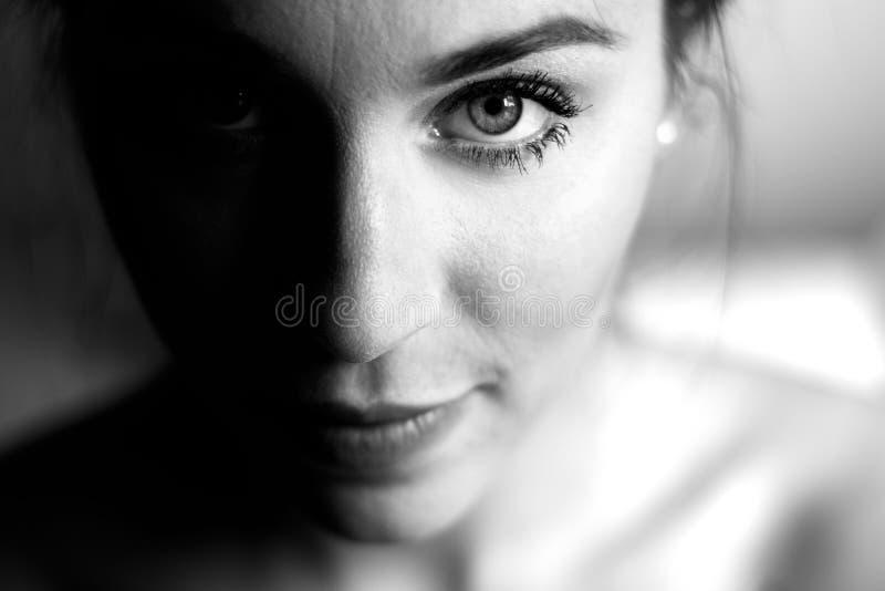 Retrato de la mujer imagenes de archivo