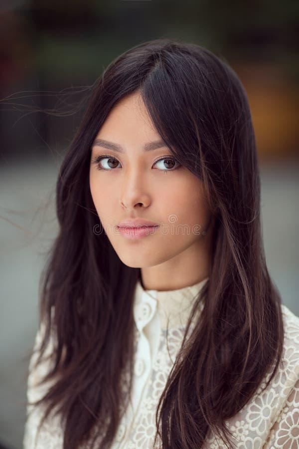 Retrato de la mujer asiática fotos de archivo