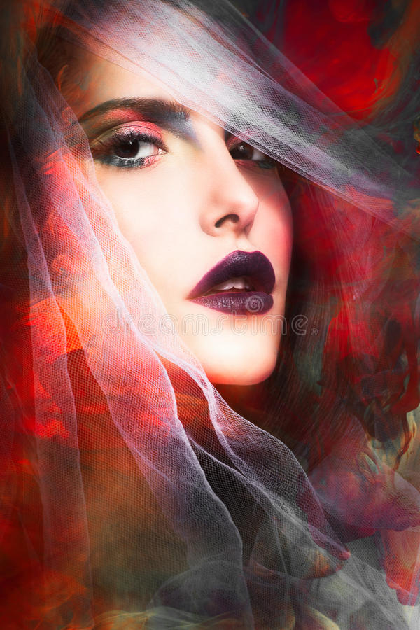 Retrato de la mujer de la fantasía fotografía de archivo libre de regalías