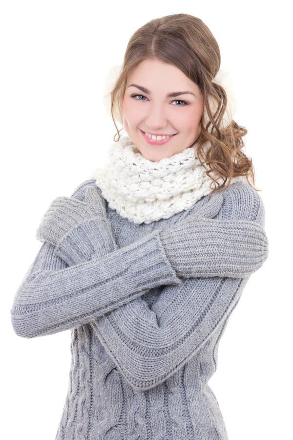 Retrato de la mujer hermosa joven en la ropa del invierno aislada encendido fotografía de archivo