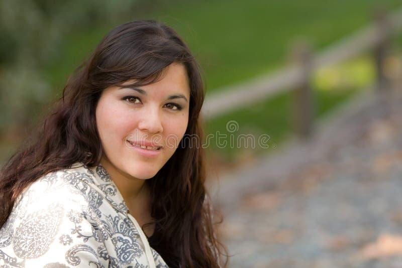 Retrato de la mujer hispánica fotografía de archivo libre de regalías