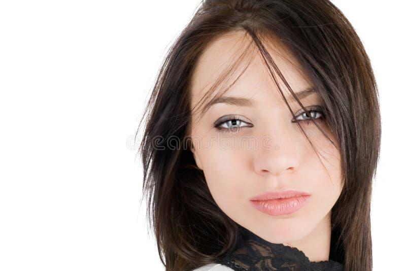 Retrato de la mujer joven encantadora imagen de archivo