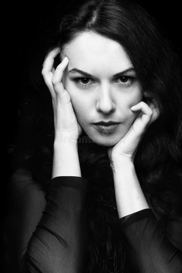 Retrato de la mujer misteriosa fotos de archivo libres de regalías