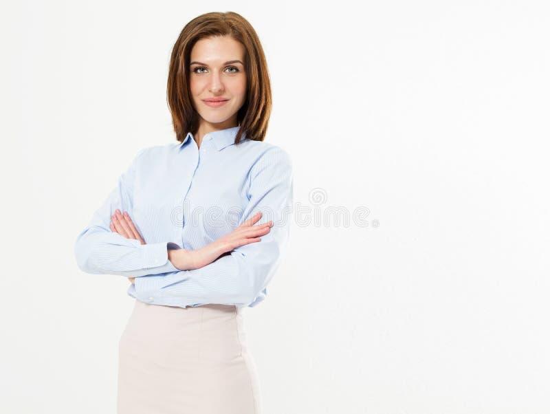Retrato de la mujer de negocios confiada hermosa en el fondo blanco fotografía de archivo