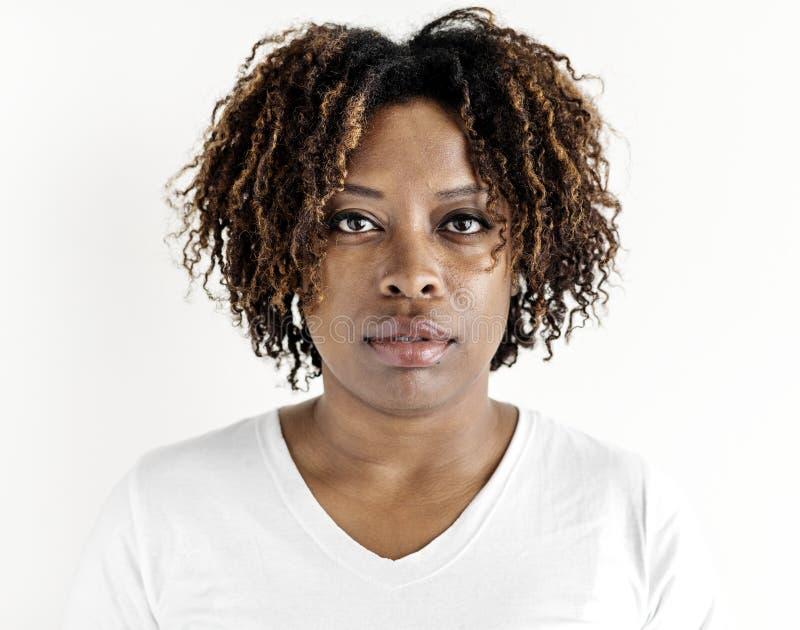 Retrato de la mujer negra aislado foto de archivo libre de regalías