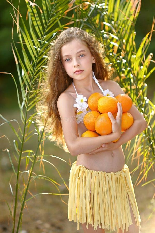 Download Retrato de la niña imagen de archivo. Imagen de cabrito - 44851493