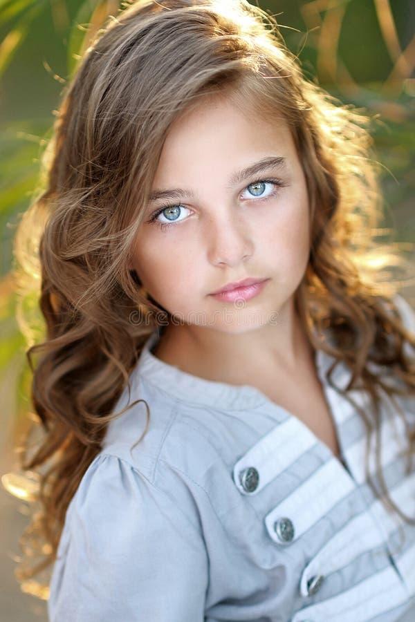 Retrato de la niña fotos de archivo