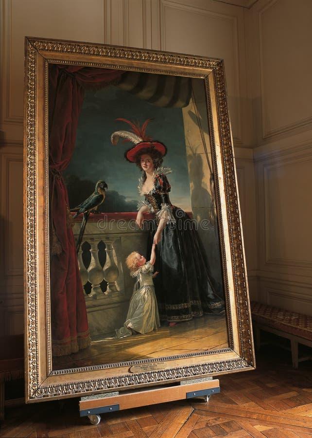 Retrato de la reina en el palacio de Versalles fotografía de archivo