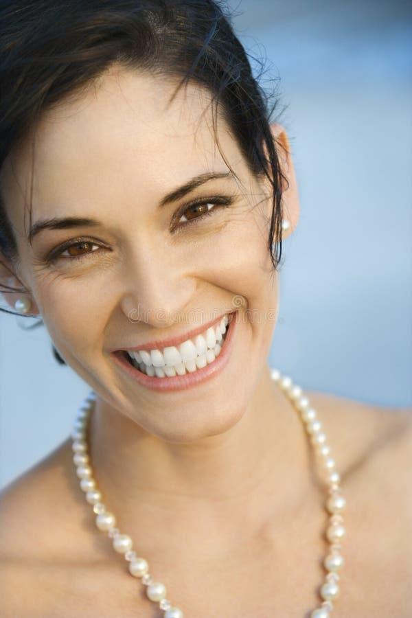 Retrato de la sonrisa de la mujer. imagenes de archivo