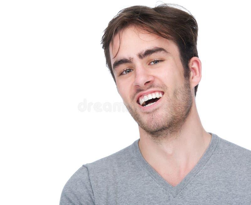 Retrato de la sonrisa hermosa del hombre joven imagenes de archivo