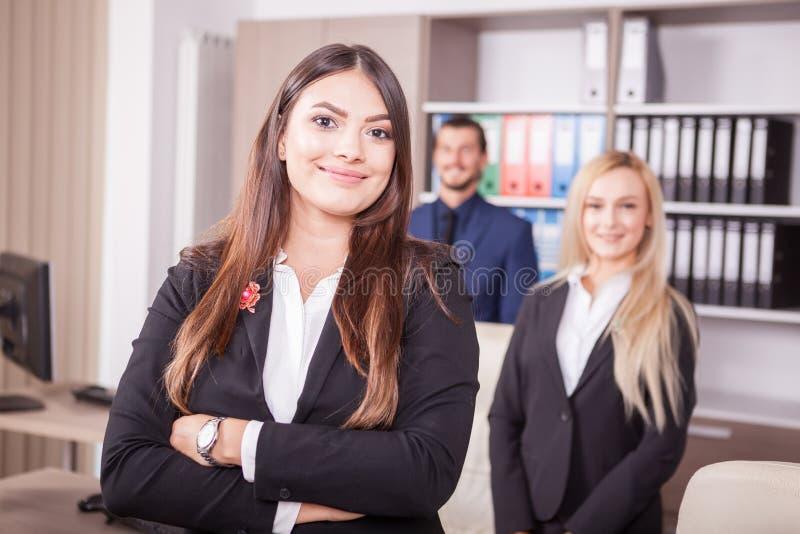Retrato de las personas del negocio en oficina imagen de archivo libre de regalías