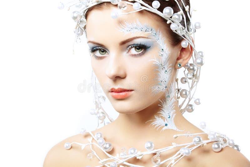 Retrato de mulheres do inverno da beleza foto de stock