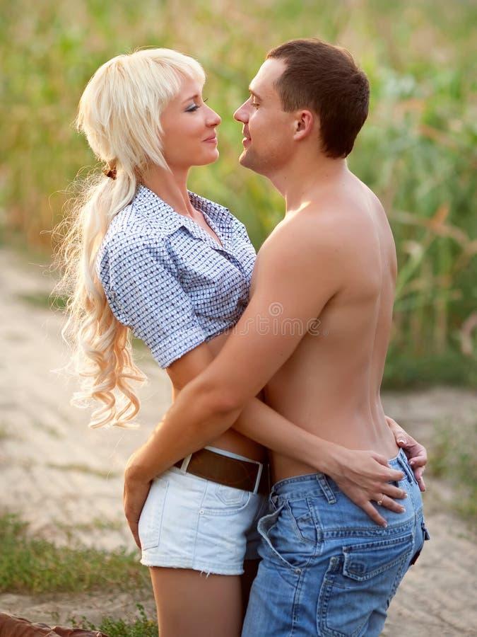 Retrato de pares do amor foto de stock royalty free