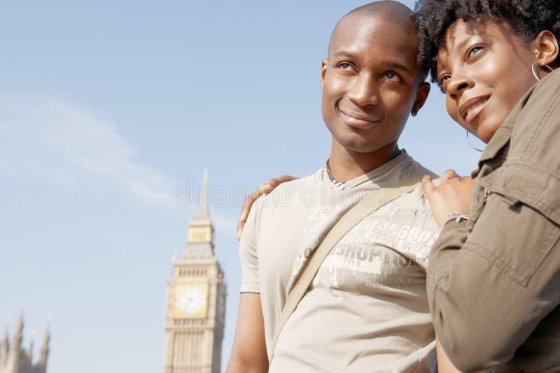 Retrato de pares do turista em Westminster. foto de stock