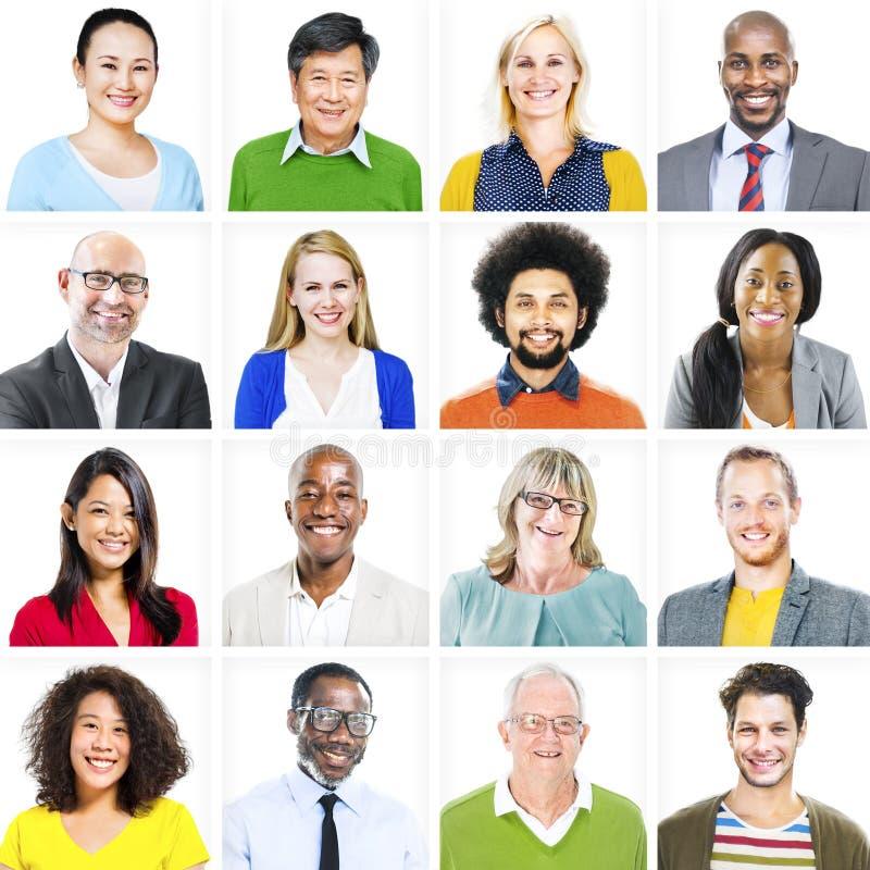 Retrato de povos diversos coloridos multi-étnicos imagem de stock