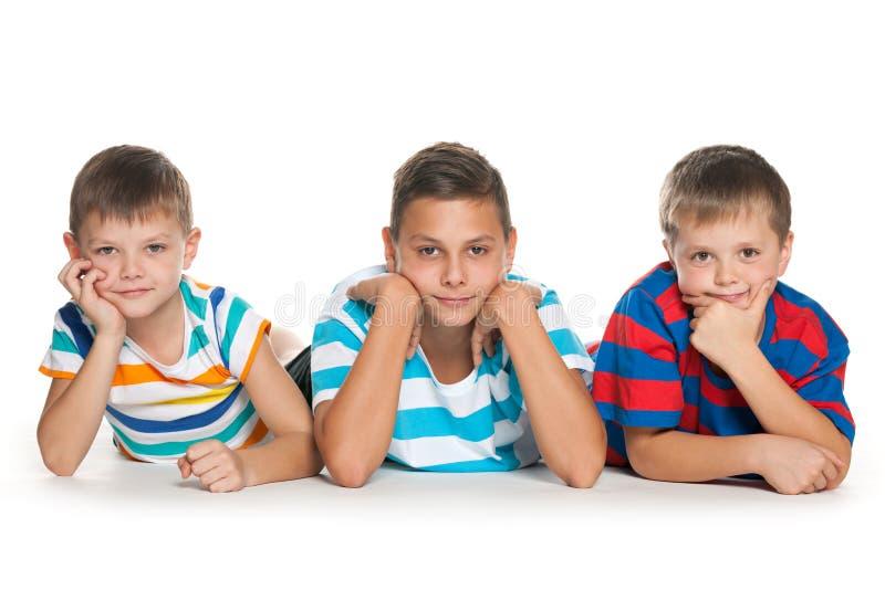 Retrato de três crianças imagens de stock