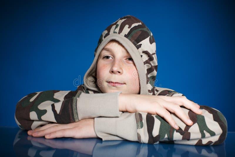 Retrato de um adolescente imagem de stock