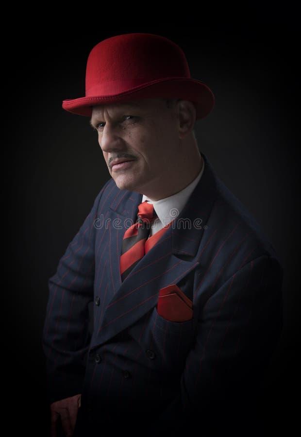 Retrato de um gângster maduro fotos de stock royalty free