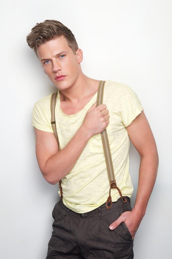 Homem considerável com Suspenders fotos de stock royalty free
