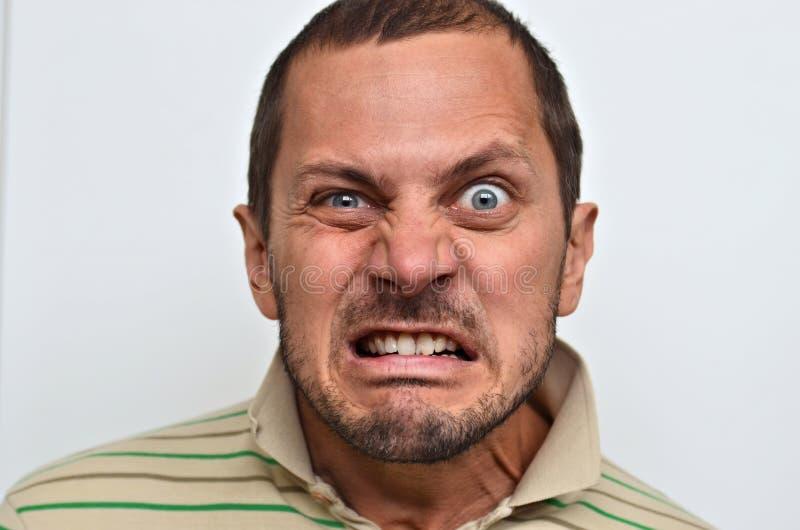 Retrato de um homem irritado imagens de stock royalty free