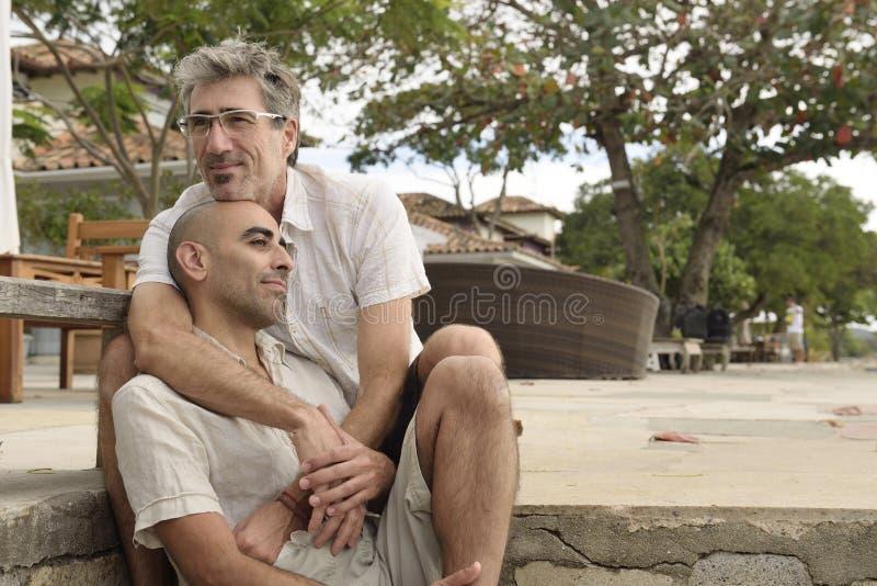 Retrato de um par alegre imagem de stock royalty free