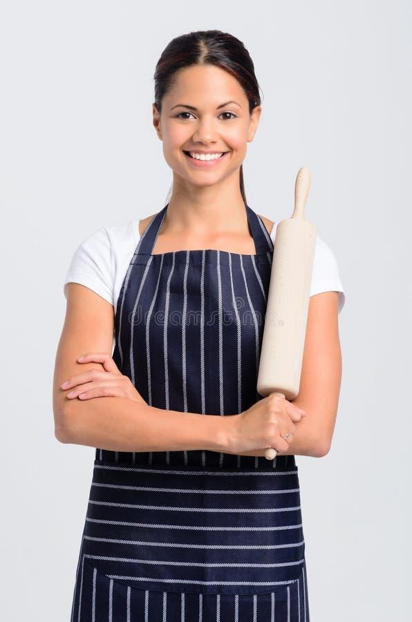 Retrato de um profissional do padeiro do cozinheiro chefe da mulher fotos de stock