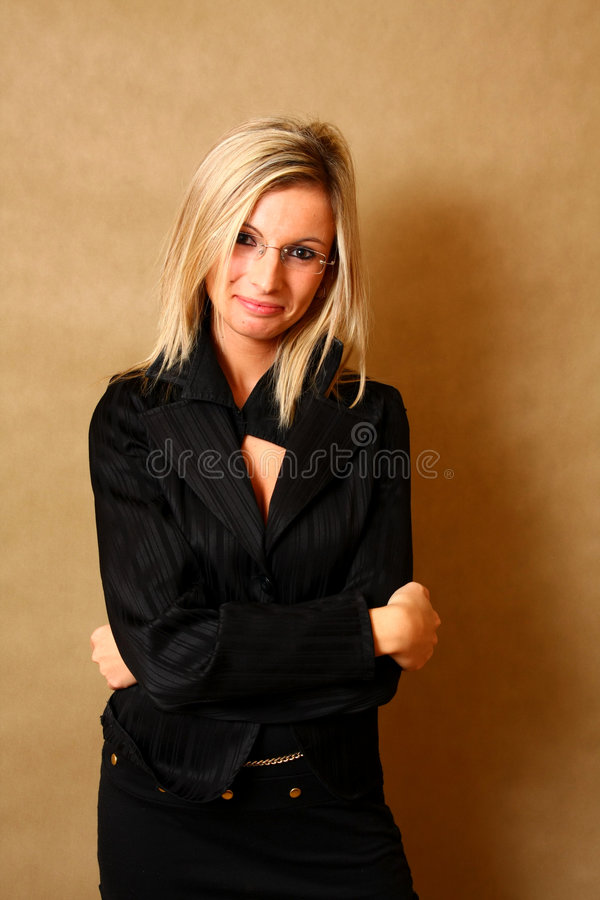 Retrato de um sorriso elegante da menina fotografia de stock