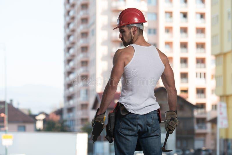 Retrato de um trabalhador seguro novo imagem de stock royalty free