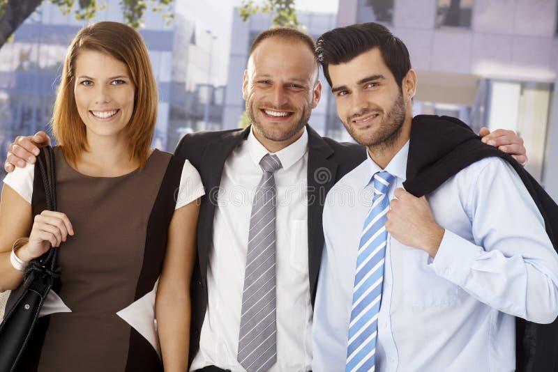 Retrato de uma equipe bem sucedida do negócio foto de stock royalty free