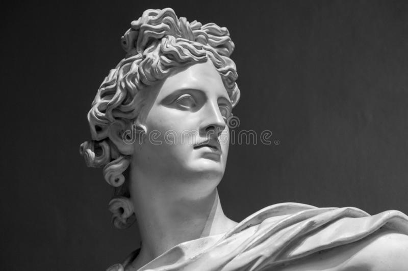 Retrato de uma estátua do emplastro de Apollo fotografia de stock royalty free