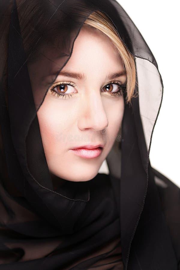 Retrato de uma fêmea vendada preta fotos de stock royalty free