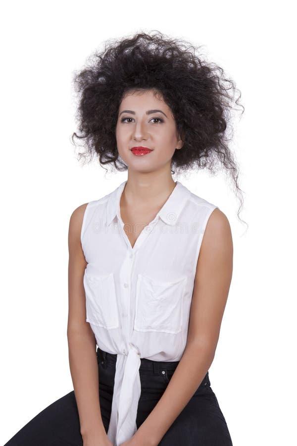 Retrato de uma jovem mulher atrativa imagem de stock