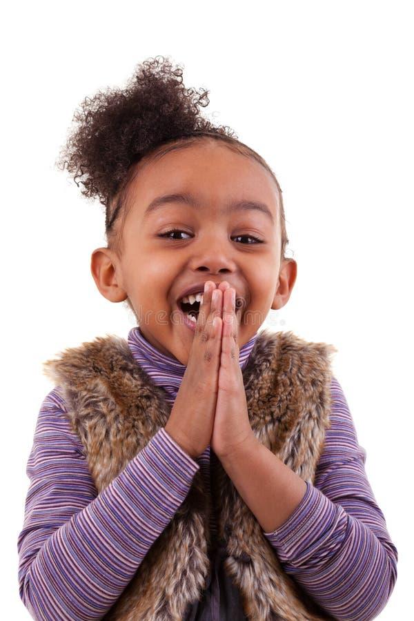 Retrato de uma menina afro-americano - pessoas negras imagens de stock royalty free