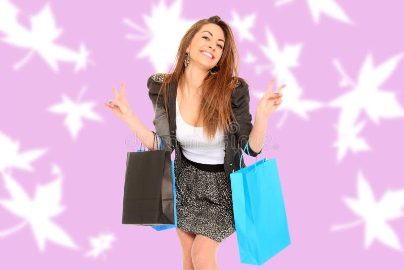 Download Menina Bonita Com Sacos De Compras Imagem de Stock - Imagem de beleza, shopping: 29833249