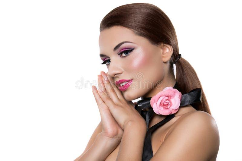 Retrato de uma mulher bonita imagem de stock