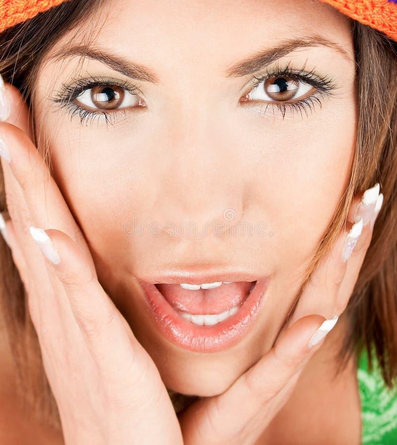 Retrato de uma mulher caucasiano bonita da surpresa fotografia de stock