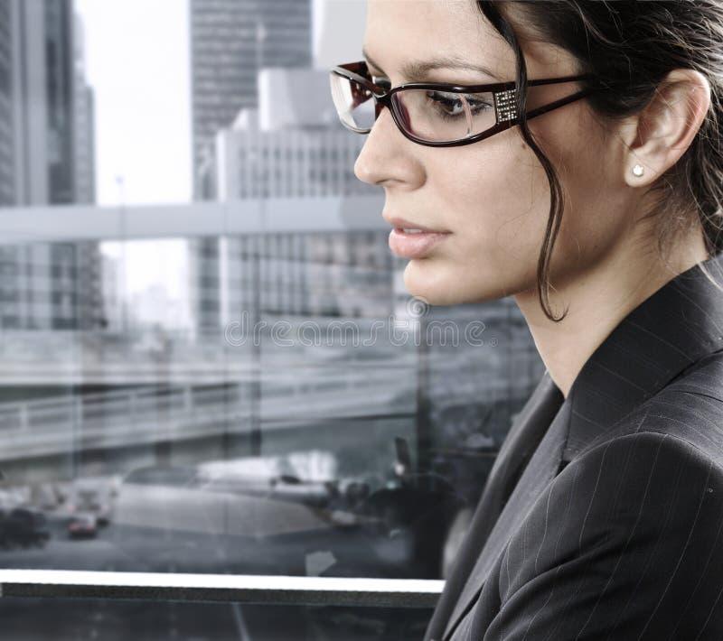 Retrato de uma mulher de negócios fotografia de stock